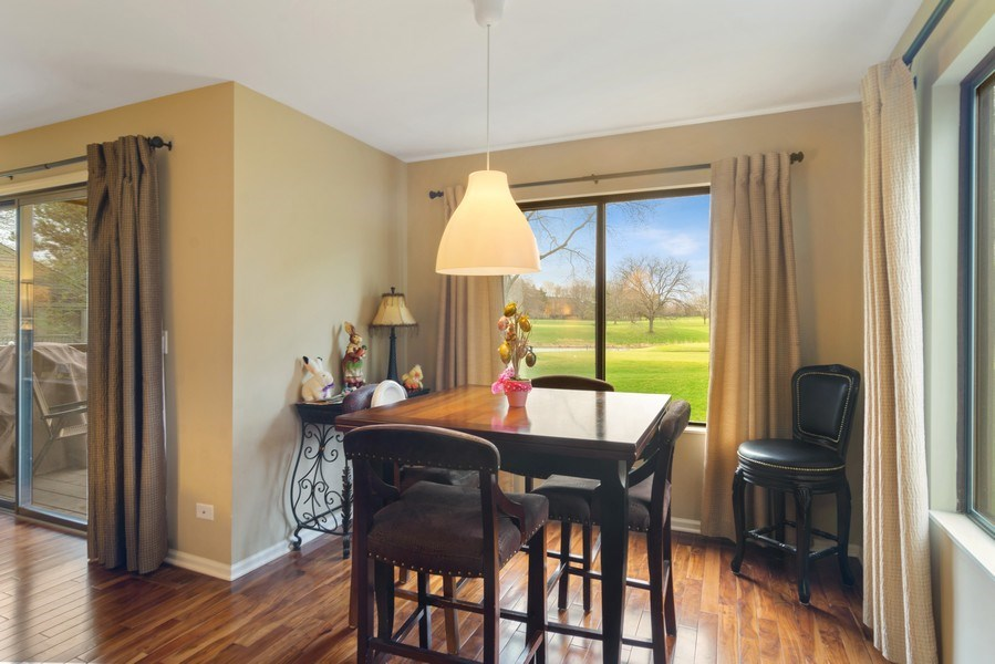 Real Estate Photography - 55 Waterview ct., Lake Barrington, IL, 60010 - Breakfast Nook