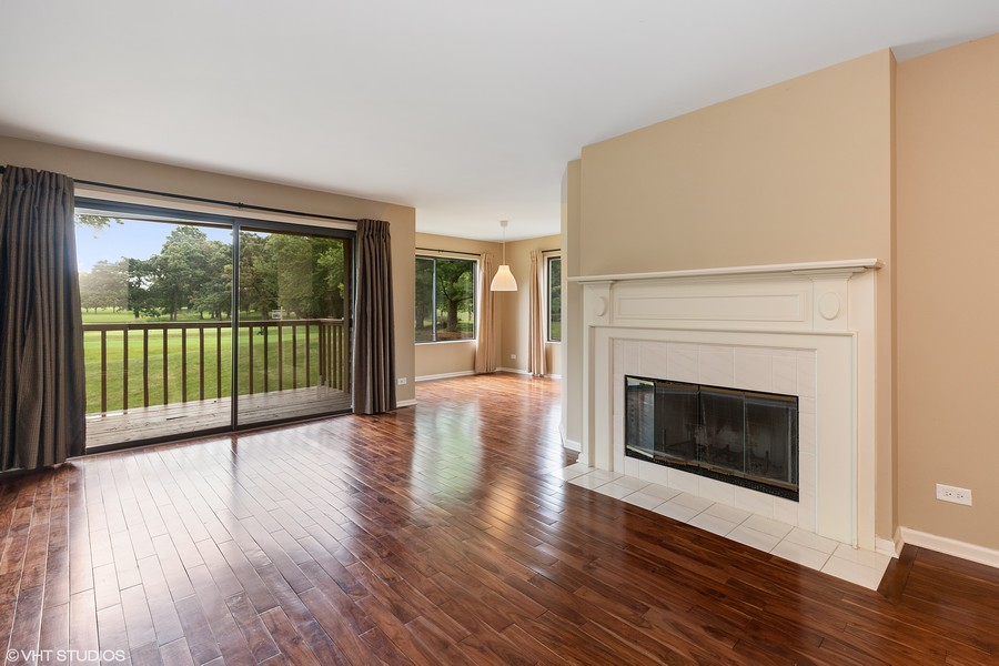 Real Estate Photography - 55 Waterview ct., Lake Barrington, IL, 60010 - Living & Dining Rooms