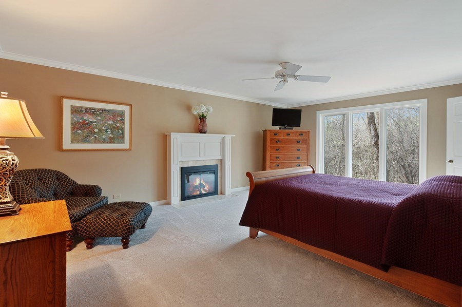 Real Estate Photography - 209 Northampton Lane, Lincolnshire, IL, 60069 - Master Bedroom