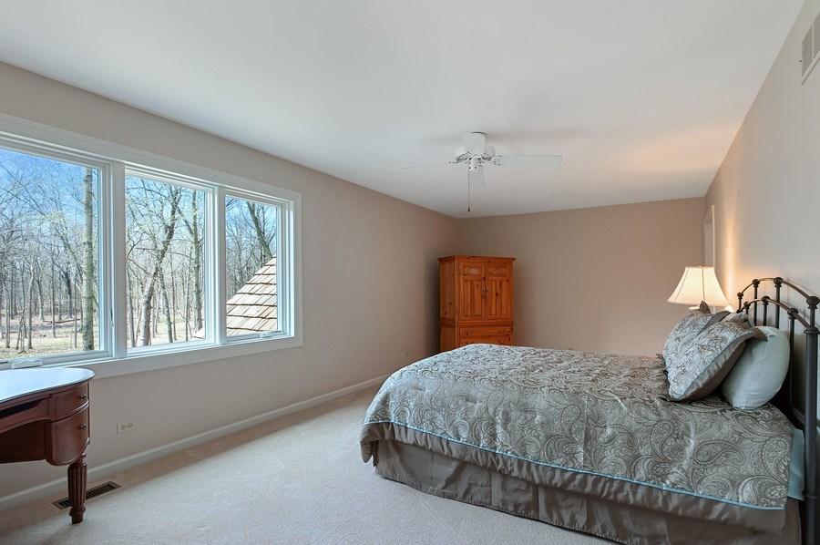 Real Estate Photography - 209 Northampton Lane, Lincolnshire, IL, 60069 - 2nd Bedroom