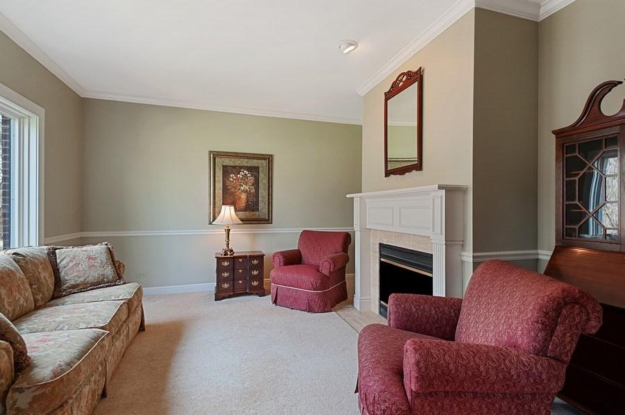 Real Estate Photography - 209 Northampton Lane, Lincolnshire, IL, 60069 - Living Room