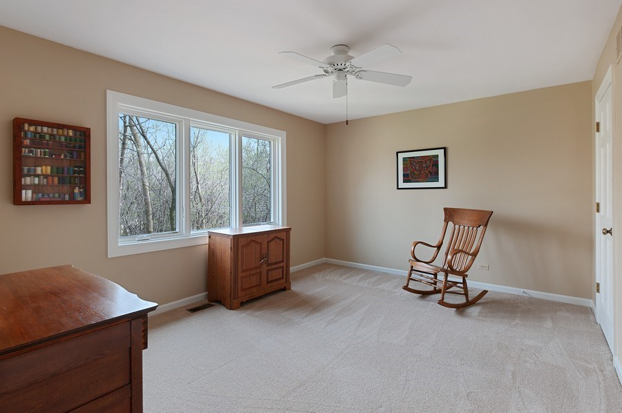 Real Estate Photography - 209 Northampton Lane, Lincolnshire, IL, 60069 - Bedroom