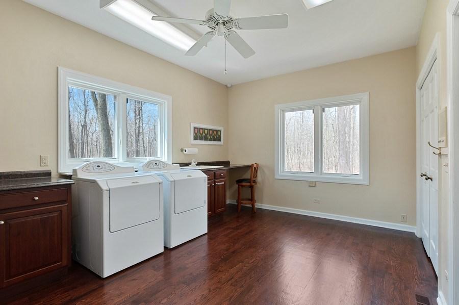 Real Estate Photography - 209 Northampton Lane, Lincolnshire, IL, 60069 - Laundry Room