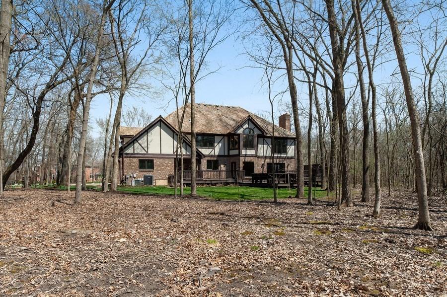 Real Estate Photography - 209 Northampton Lane, Lincolnshire, IL, 60069 - Rear View