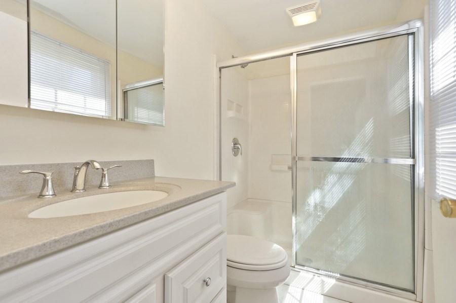 Real Estate Photography - 631 Indian Spring Lane, Buffalo Grove, IL, 60089 - Master Bathroom