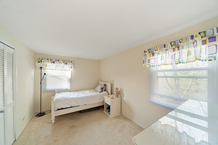 Real Estate Photography - 631 Indian Spring Lane, Buffalo Grove, IL, 60089 - 3rd Bedroom