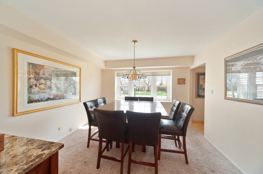 Real Estate Photography - 631 Indian Spring Lane, Buffalo Grove, IL, 60089 - Dining Room