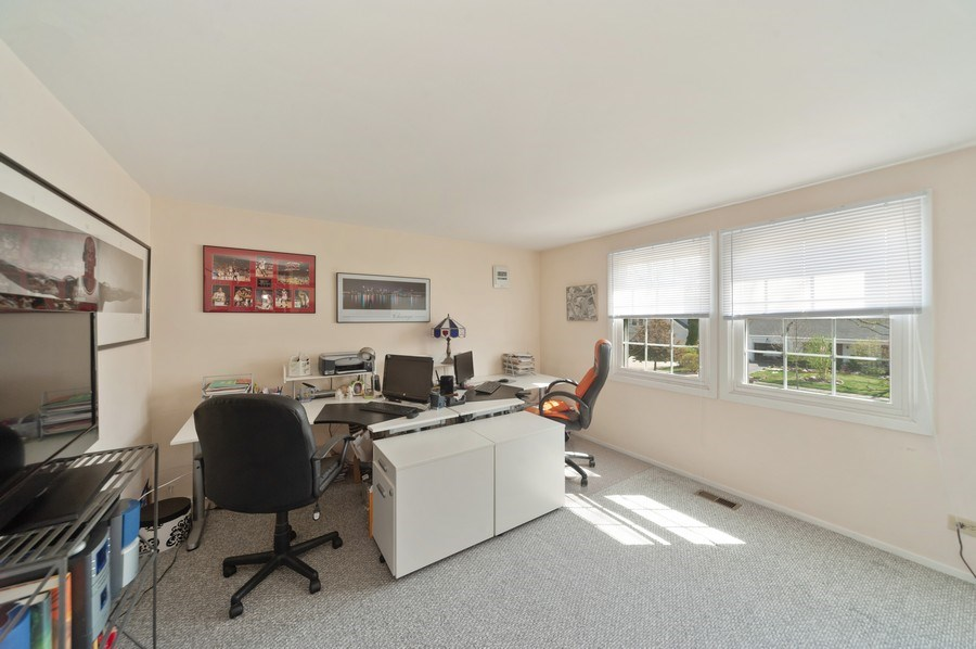 Real Estate Photography - 631 Indian Spring Lane, Buffalo Grove, IL, 60089 - 4th Bedroom