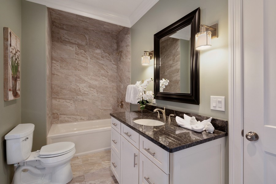 Real Estate Photography - 35 Roseanne Court, Twin Lakes, WI, 53181 - 2nd Bathroom