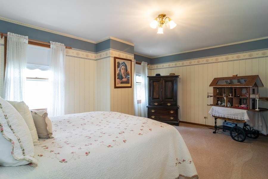Real Estate Photography - 419 W. Whitehall Dr, Arlington Heights, IL, 60004 - 3rd Bedroom