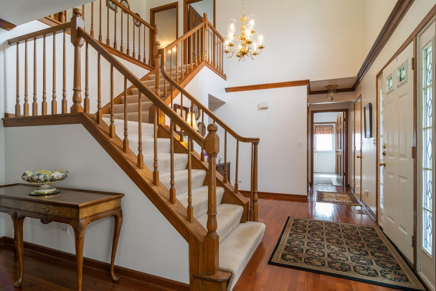 Real Estate Photography - 419 W. Whitehall Dr, Arlington Heights, IL, 60004 - Foyer