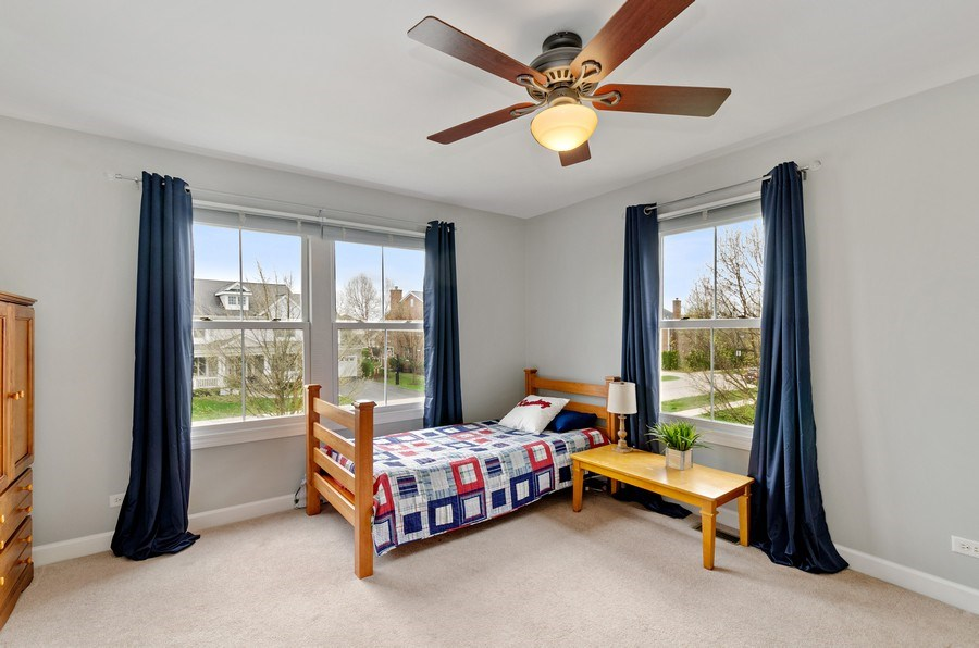 Real Estate Photography - 1680 Primrose lane, Glenview, IL, 60026 - 3rd Bedroom