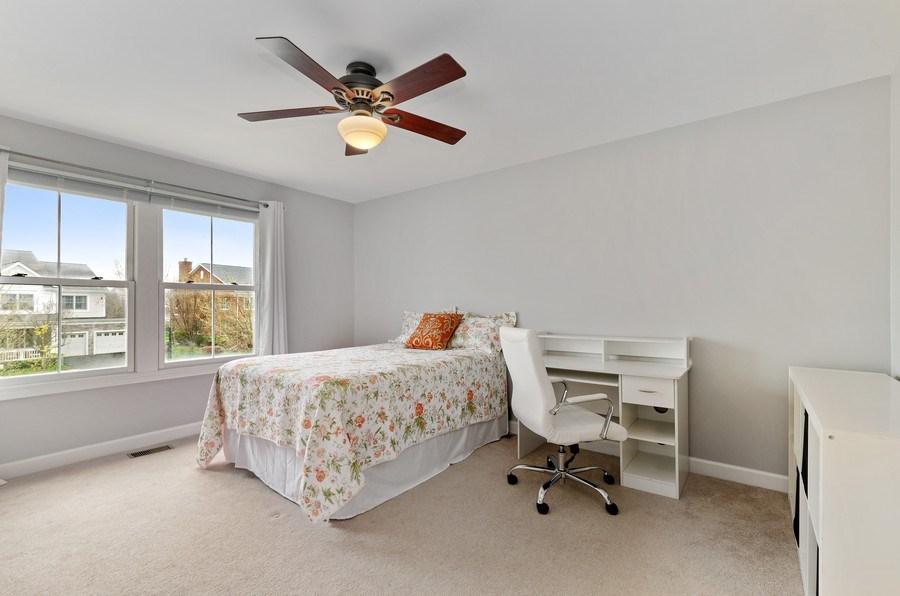 Real Estate Photography - 1680 Primrose lane, Glenview, IL, 60026 - 4th Bedroom
