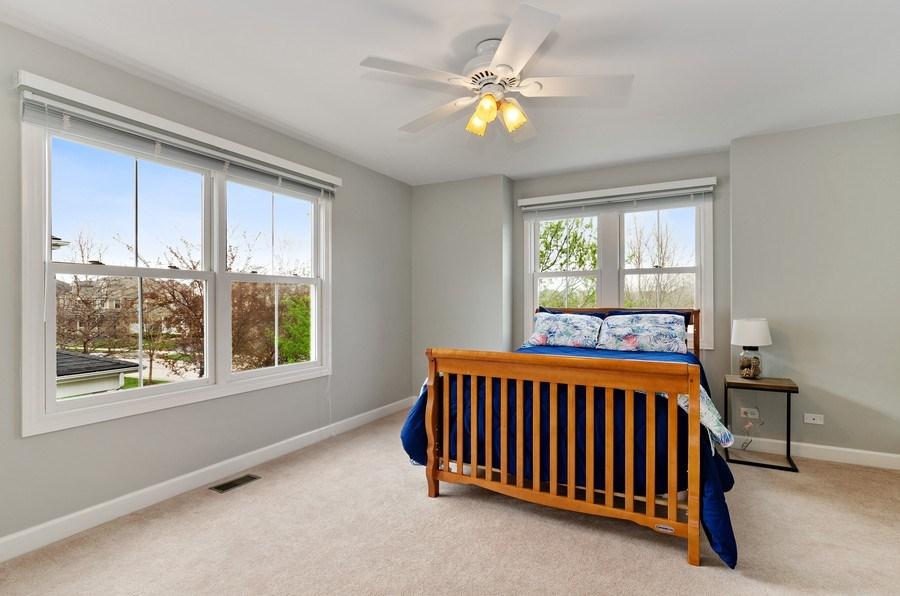 Real Estate Photography - 1680 Primrose lane, Glenview, IL, 60026 - 5th Bedroom