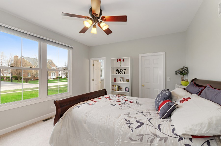 Real Estate Photography - 1680 Primrose lane, Glenview, IL, 60026 - 6th Bedroom