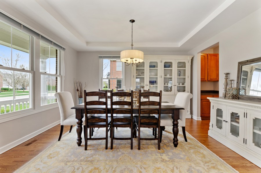 Real Estate Photography - 1680 Primrose lane, Glenview, IL, 60026 - Dining Room