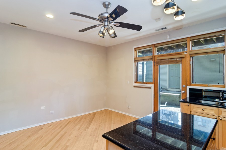 Real Estate Photography - 1339 N Mohawk #1N, Chicago, IL, 60610 - Kitchen / Breakfast Room