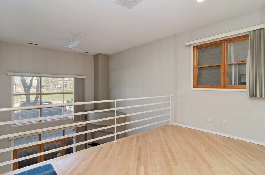 Real Estate Photography - 1339 N Mohawk #1N, Chicago, IL, 60610 - Loft
