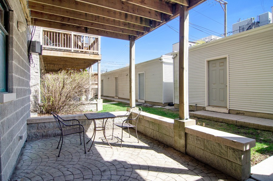 Real Estate Photography - 1339 N Mohawk #1N, Chicago, IL, 60610 - Patio