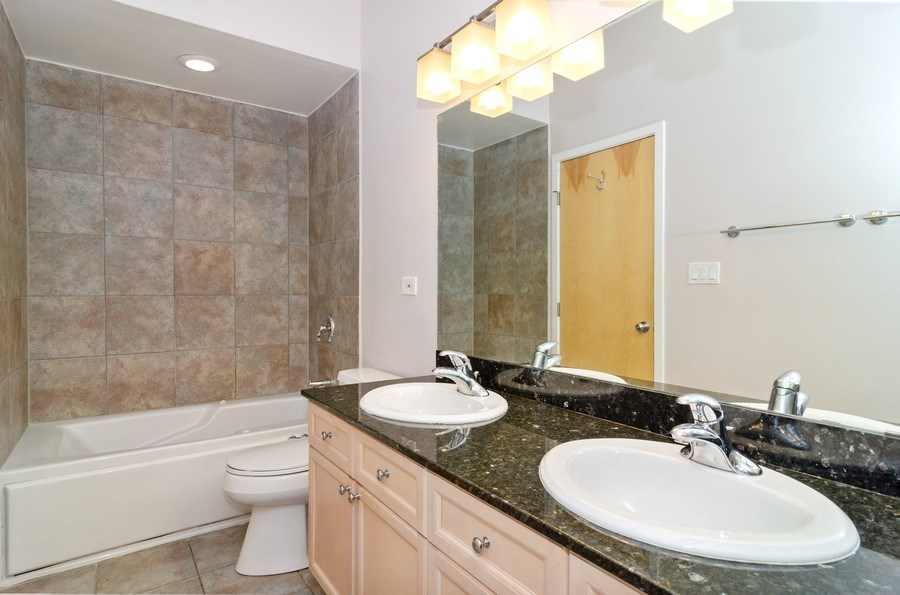 Real Estate Photography - 1339 N Mohawk #1N, Chicago, IL, 60610 - 2nd Bathroom