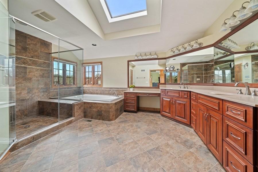 Real Estate Photography - 1468 Radcliff Lane, Aurora, IL, 60502 - Master Bathroom