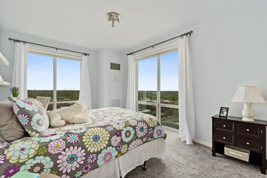 Real Estate Photography - 1640 Maple Avenue, Unit 1606, Evanston, IL, 60201 - 2nd Bedroom