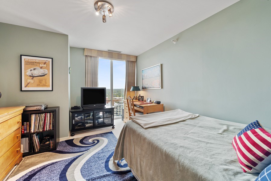 Real Estate Photography - 1640 Maple Avenue, Unit 1606, Evanston, IL, 60201 - 3rd Bedroom