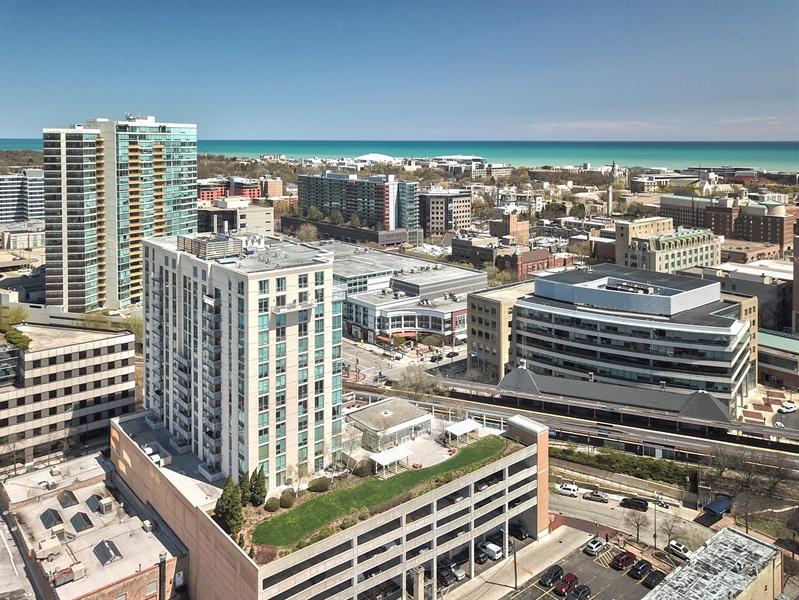 Real Estate Photography - 1640 Maple Avenue, Unit 1606, Evanston, IL, 60201 - Aerial View