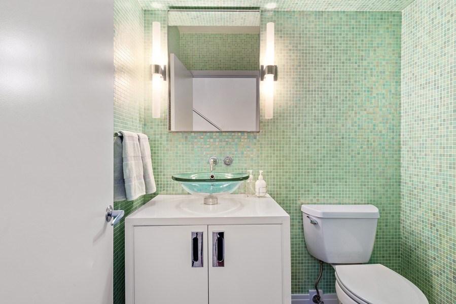 Real Estate Photography - 1640 Maple Avenue, Unit 1606, Evanston, IL, 60201 - Powder Room