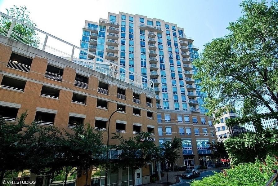 Real Estate Photography - 1640 Maple Avenue, Unit 1606, Evanston, IL, 60201 -