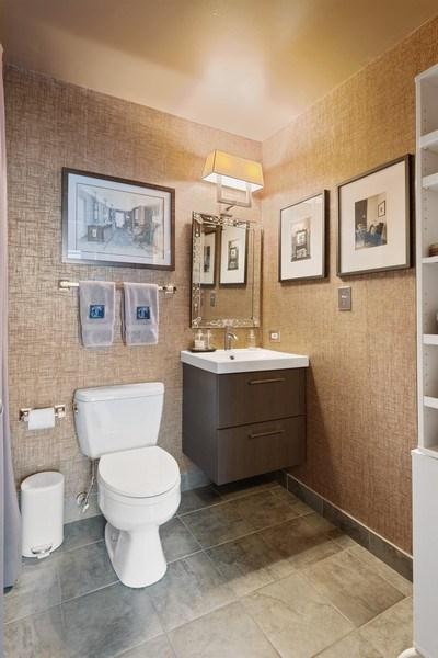 Real Estate Photography - 2401 W Ohio, #1, Chicago, IL, 60612 - Full Bath