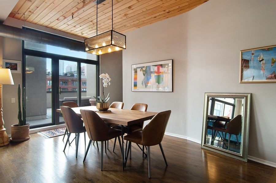 Real Estate Photography - 375 W. Erie St., 610, Chicago, IL, 60654 - Dining Room