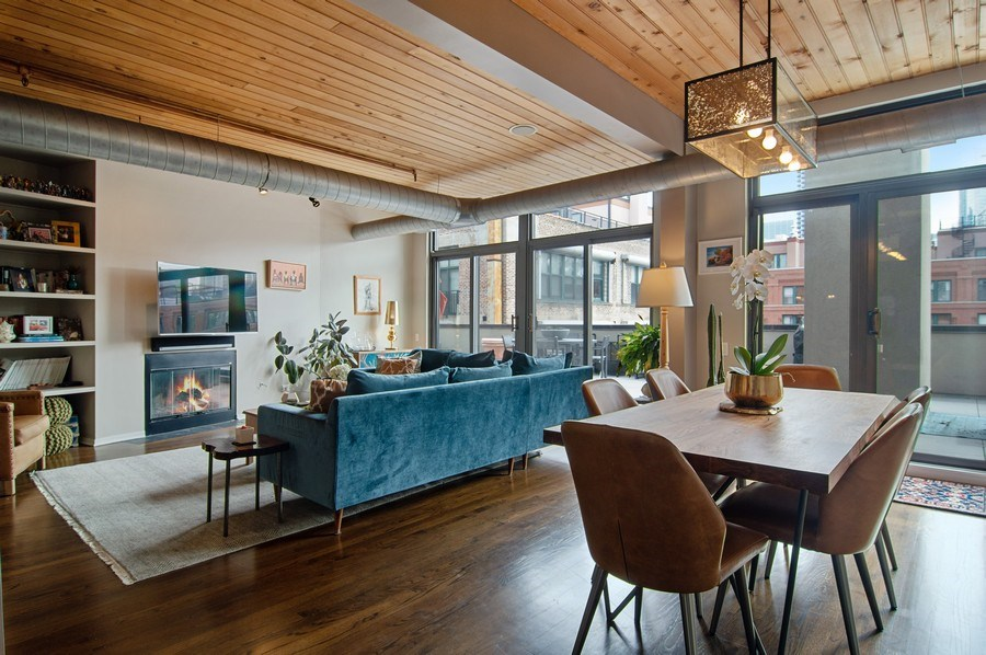 Real Estate Photography - 375 W. Erie St., 610, Chicago, IL, 60654 - Living Room / Dining Room