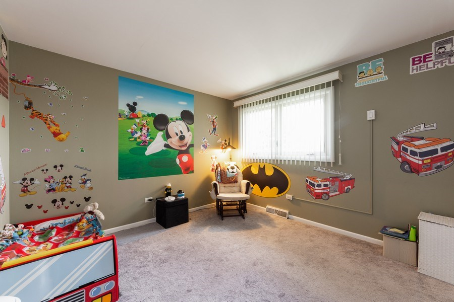 Real Estate Photography - 748 Warren, Palatine, IL, 60067 - 2nd Bedroom