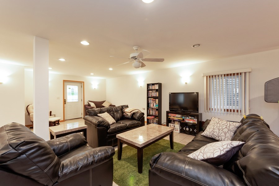 Real Estate Photography - 748 Warren, Palatine, IL, 60067 - Recreational Room