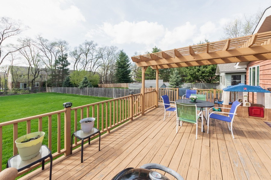 Real Estate Photography - 748 Warren, Palatine, IL, 60067 - Deck
