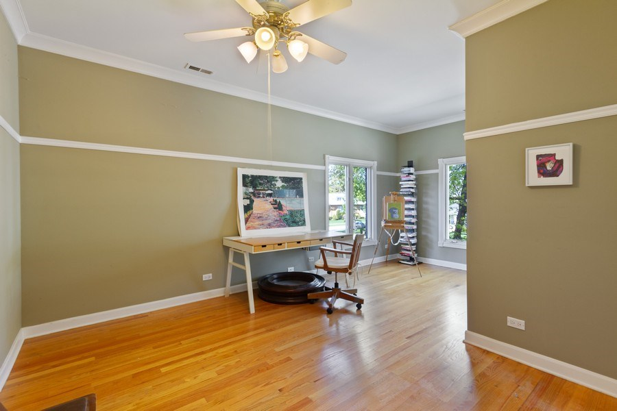 Real Estate Photography - 128 Washington, Park Ridge, IL, 60068 - Bedroom 2