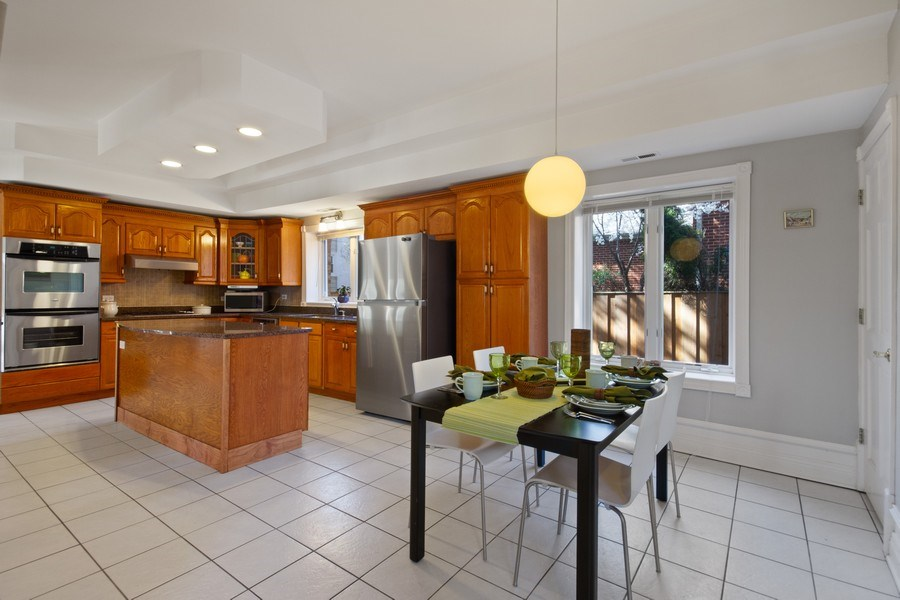 Real Estate Photography - 128 Washington, Park Ridge, IL, 60068 - Eat-in Kitchen