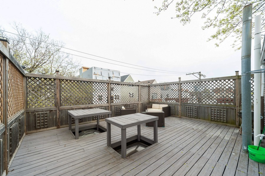 Real Estate Photography - 2637 N Marshfield Ave, Chicago, IL, 60614 - Roof Deck