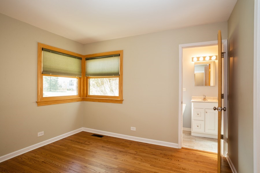 Real Estate Photography - 1318 W Grove St, Arlington Heights, IL, 60005 - Master Bedroom
