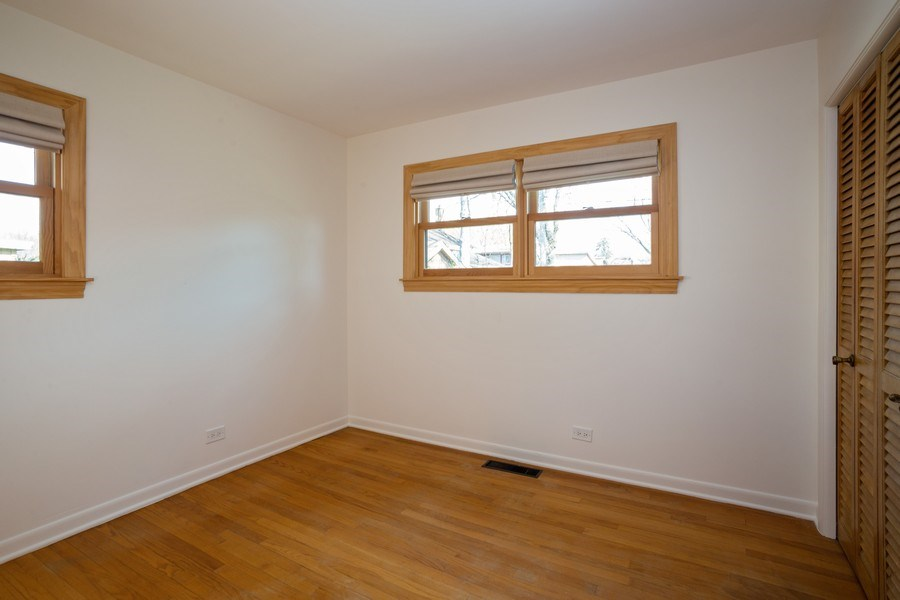 Real Estate Photography - 1318 W Grove St, Arlington Heights, IL, 60005 - 2nd Bedroom