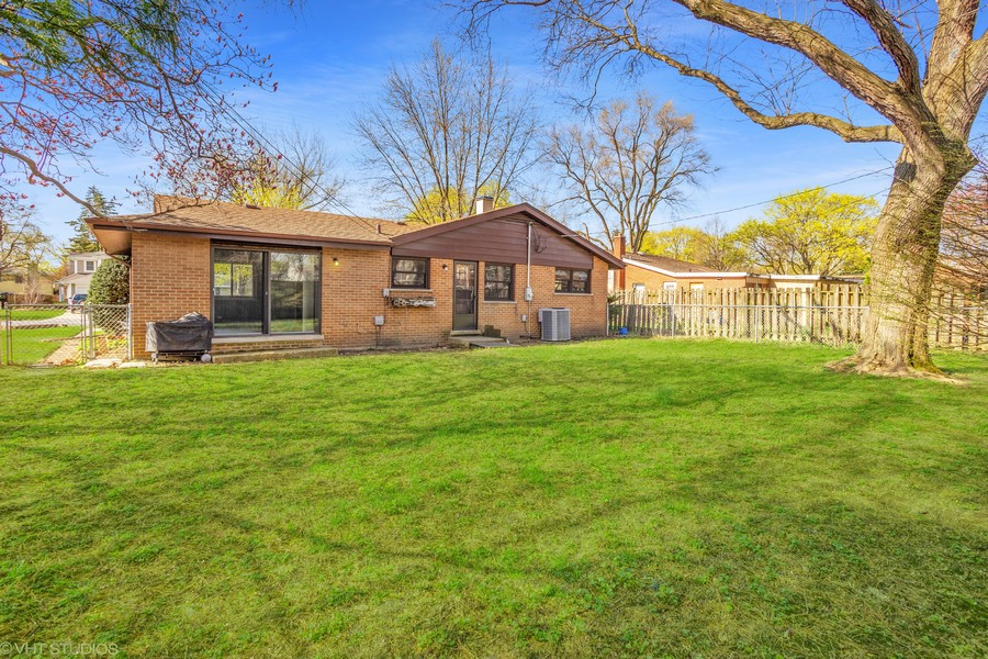Real Estate Photography - 1318 W Grove St, Arlington Heights, IL, 60005 - Rear View