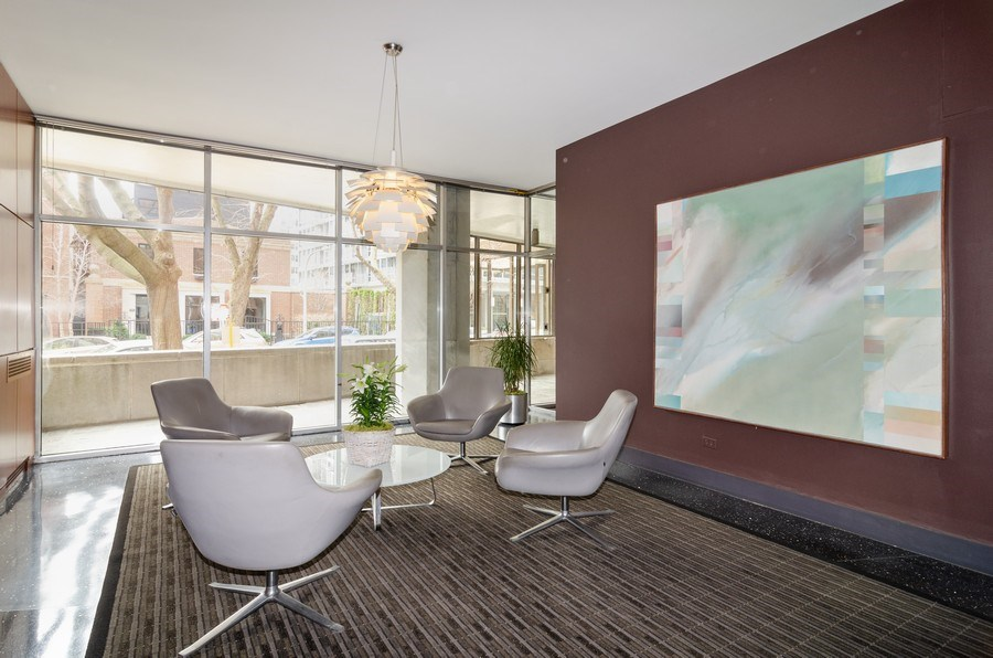 Real Estate Photography - 3100 N Lake Shore Dr, 902, Chicago, IL, 60657 - Lobby