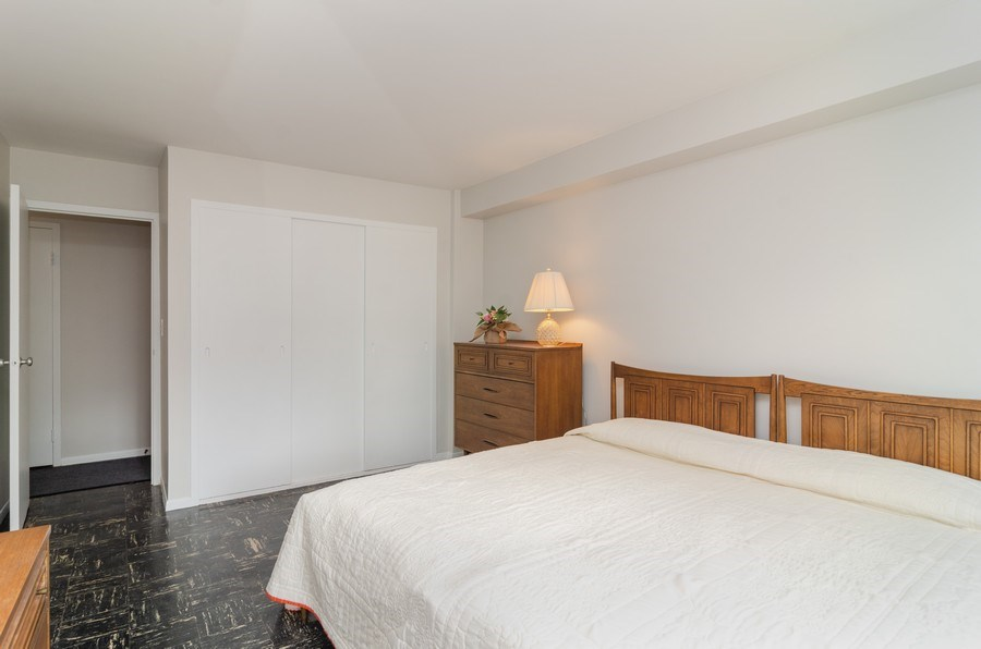 Real Estate Photography - 3100 N Lake Shore Dr, 902, Chicago, IL, 60657 - Bedroom