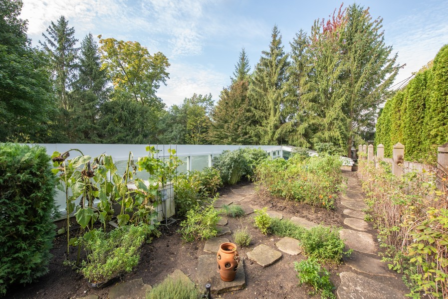 Real Estate Photography - 720 Rosewood, Winnetka, IL, 60093 -
