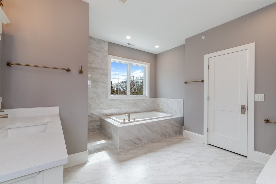 Real Estate Photography - 1110 Manor Dr, Wilmette, IL, 60091 - Master Bathroom