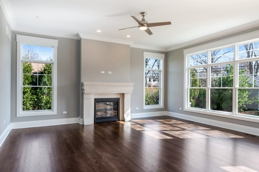 Real Estate Photography - 1110 Manor Dr, Wilmette, IL, 60091 - Living Room