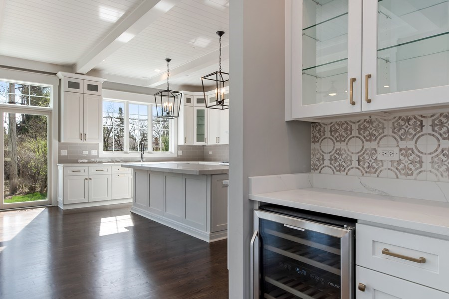 Real Estate Photography - 1110 Manor Dr, Wilmette, IL, 60091 - Butler's pantry