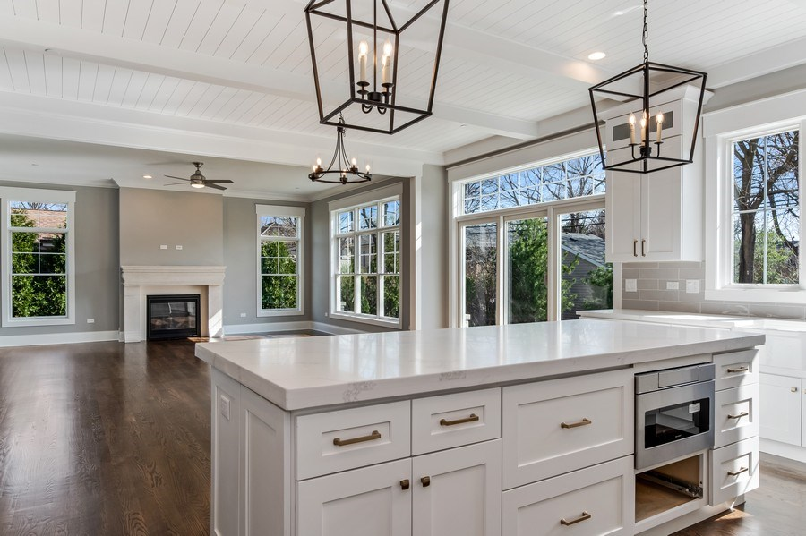 Real Estate Photography - 1110 Manor Dr, Wilmette, IL, 60091 -