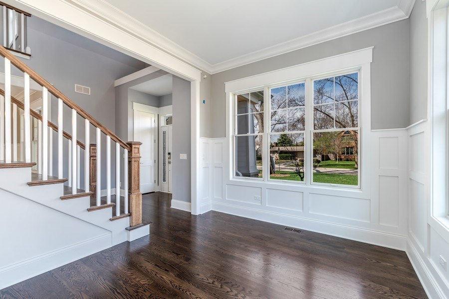 Real Estate Photography - 1110 Manor Dr, Wilmette, IL, 60091 - Office